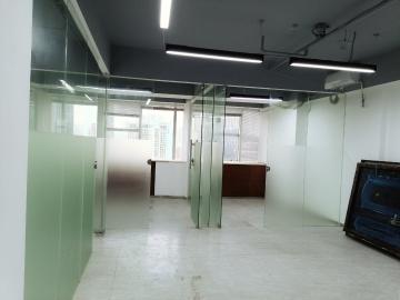 财富广场 79平米 楼下地铁业主直租 中层办公好房