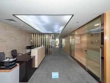 瀚森大厦低层 676平米地铁直达 可上下水业主直租