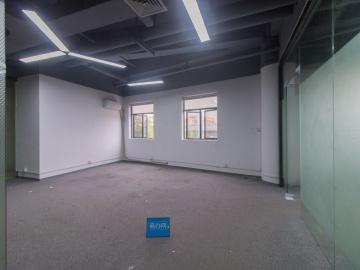 特价 米云谷AI中心 130平米配套成熟 中层舒适办公写字楼出租