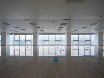 1770平米新浩e都 高层近地铁 电梯口可租整层
