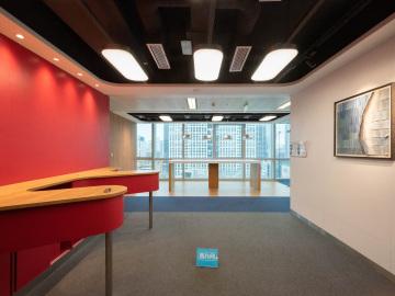 临地铁 中航商业中心 489平米红本备案 低层一手业主写字楼出租