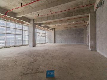 南太云创谷园区 339平米 使用率高舒适办公 低层好谈价写字楼出租
