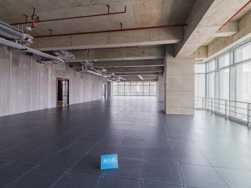 地铁出口 宏发前城中心 554平米一手业主 低层位置优越写字楼出租