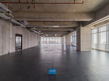 宏发前城中心 2400平米 有地铁大面积 中层办公优选写字楼出租