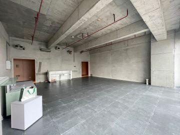 卓越前海壹号 131平米 楼下地铁 中层 房主直售