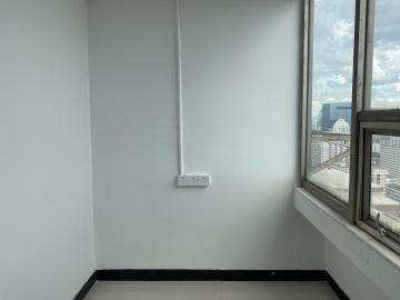 交通枢纽 大庆大厦 138平米精装修 高层业主急售