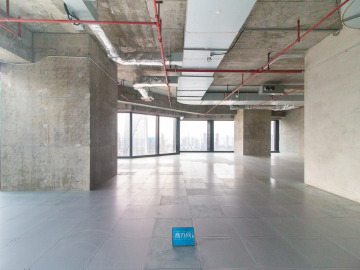 临地铁 恒裕前海金融中心 750平米上下水 低层直租写字楼出租