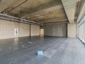 地铁口 宏发前城中心 153平米办公优选 中层舒适办公写字楼出租