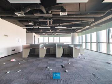 地铁出口 香江金融中心 865平米电梯口 中层直租写字楼出租