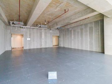 宏发前城中心 119平米 地铁口地段优越 中层舒适办公写字楼出租