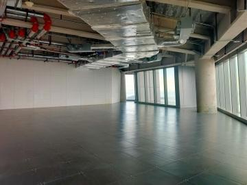758平米前海世茂大厦 高层地铁口 电梯口使用率高写字楼出租