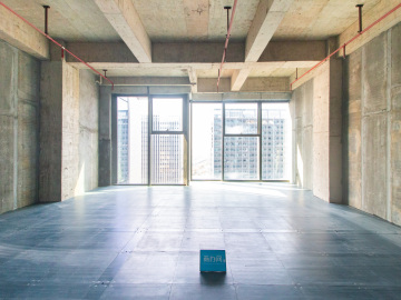 前海香缤大厦 297平米 地铁出口上下水 高层拎包入驻写字楼出租