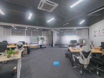 坂田国际中心 248平米 可备案企业聚集地 高层好谈价写字楼出租