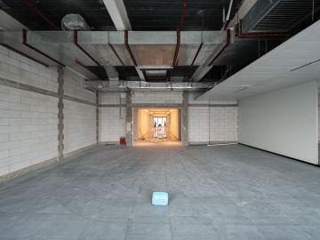 有地铁 大百汇广场 2650平米正电梯口 低层整层在租写字楼出租