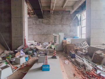 中海信创新产业城 100平米 临地铁红本备案 低层钥匙在手写字楼出租