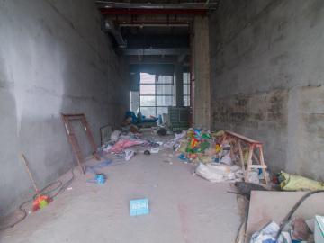 100平米中海信创新产业城 低层地铁出口 红本备案看房方便写字楼出租