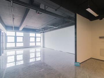 热门地段 新龙大厦 224平米优选办公 高层随时看房