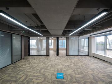 国贸商业大厦高层 293平米临地铁 红本备案装修好写字楼出租