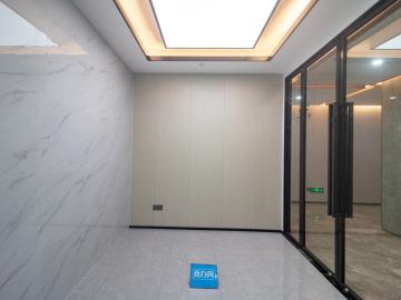 特价房 方大城 428平米装修好 高层即租即用写字楼出租
