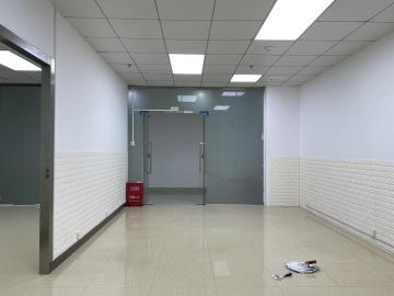 振华时代广场 102平米 地铁直达高使用率 低层精装