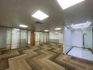 庐山大厦 107平米 有地铁现证 中层企业聚集地