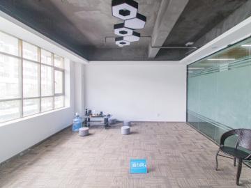 地铁旁 恒扬商业中心 100平米一手业主 低层办公优选写字楼出租