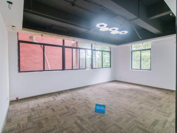 恒扬商业中心 90平米 地铁出口使用率高 低层位置优越写字楼出租