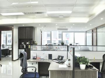 楼下地铁 大冲商务中心 355平米可备案 低层商业完善