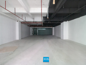 294平米一本电子商务产业园 低层高使用率 商业完善优选办公