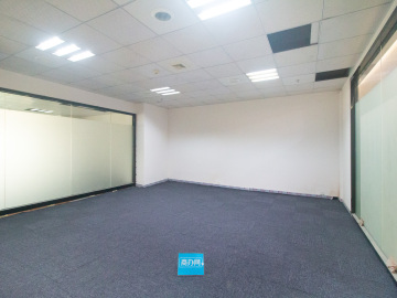 高使用率 一本电子商务产业园 79平米配套齐全 低层随时看房