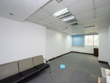 海外联谊大厦中层 38平米步行可达 小型企业聚集地写字楼出租