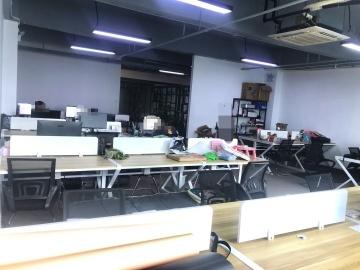 步行可达 泽润中心 218平米配套成熟 中层即租即用写字楼出租