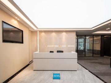 京地大厦低层 471平米楼下地铁 电梯口商业完善