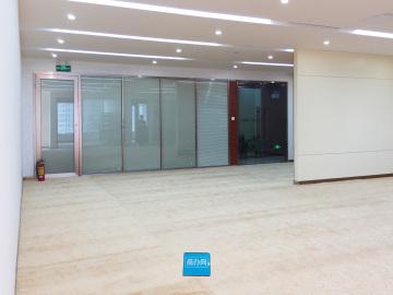 智慧广场 680平米 特价红本备案 中层装修好写字楼出租