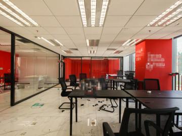 南园枫叶大厦 332平米 精装修 中层 在售