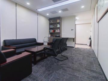 凤凰大厦中层 169平米临地铁 房本在手企业聚集地