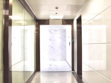 近地铁 大冲商务中心 511平米有上下水 高层商业完善