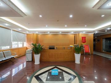 地铁直达 泰然工贸园 700平米业主直租 中层热门地段