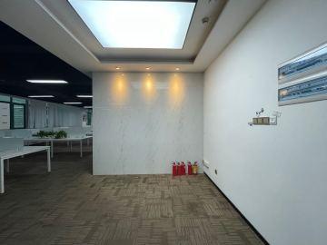 深圳市高新技术产业园中层 516平米优惠! 拎包入驻看房方便写字楼出租