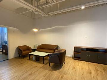 212平米TPARK深港影视创意园 高层可备案 精装修免佣写字楼出租