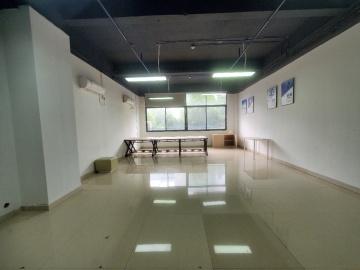 八卦岭工业区 120平米 地铁出口可备案 低层精装修写字楼出租