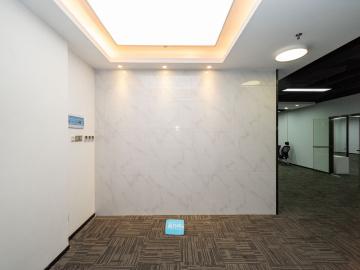 众鑫科技大厦 496平米 红本备案企业聚集地 中层舒适办公写字楼出租