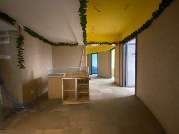 步行可达 瑞思中心 151平米上下水 中层办公优选写字楼出租