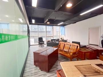 临地铁 中海信创新产业城 200平米上下水 低层装修好写字楼出租