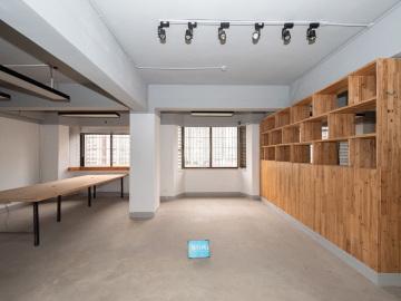 34平米宝安外贸大厦 高层有地铁 稀缺户型价格好写字楼出租