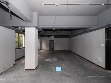 宝安外贸大厦 130平米 地铁旁使用率高 中层看房方便写字楼出租