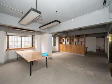 地铁出口 宝安外贸大厦 107平米使用率高 高层免佣写字楼出租
