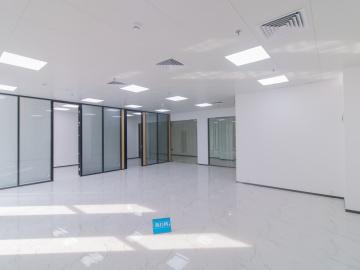 184平米金銮国际商务大厦 低层楼下地铁 业主直租商业完善