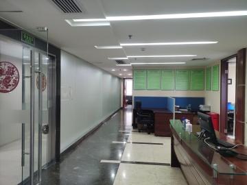 230平米总部大厦 高层使用率高 精装修看房方便写字楼出租