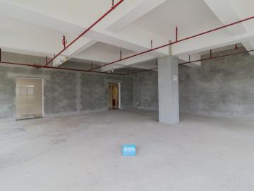 华强创意产业园中层 1200平米电梯口 高使用率优选办公